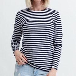 Women's squeaky t-shirt with long sleeves